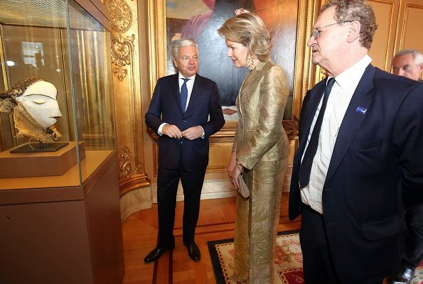 Queen Mathilde attended the official opening of Africa Museum exhibition at the Egmont Palace. Armani Collezioni floral jacquard blazer and pants