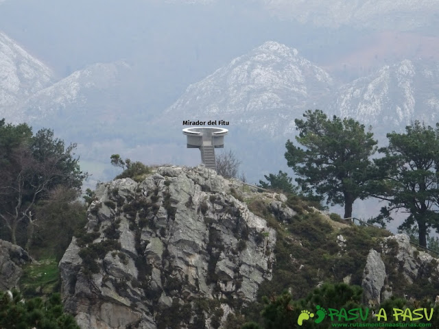 Ruta al Pico Gobia y La Forquita: Mirador del Fitu desde Piedra Redonda
