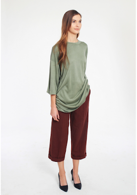 jedwabna bluzka militarna khaki minimalizm blog modowy netstylistka