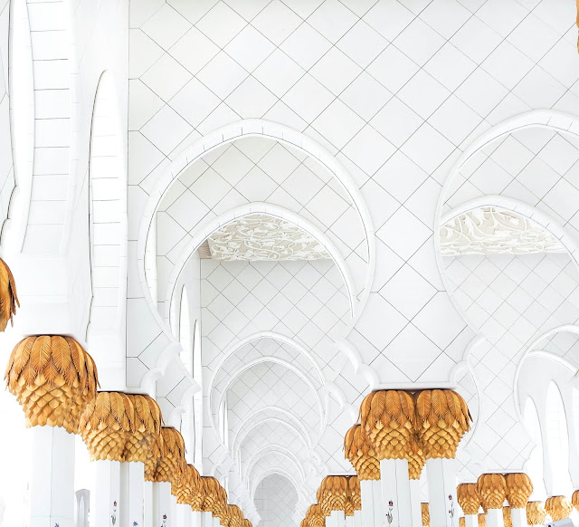 Sheikh Zayed Mosque Abu Dhabi Photography Travel Blog