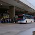 Ônibus voltam a circular, mas passageiros reclamam de atrasos nos horários