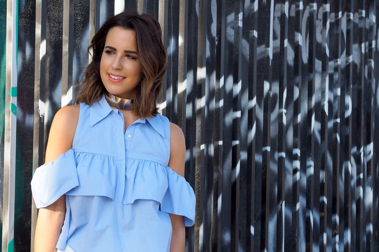 fashion-blogger-kelly-saks-zara-shoulder-blouse