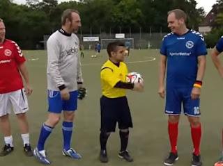 arbitros-futbol-pequeño-mundo