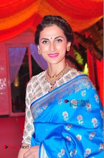 Actress Model Shilpa Reddy Exclusive Stills in Blue Saree at Vijay Karan Aashna Wedding  0005.JPG