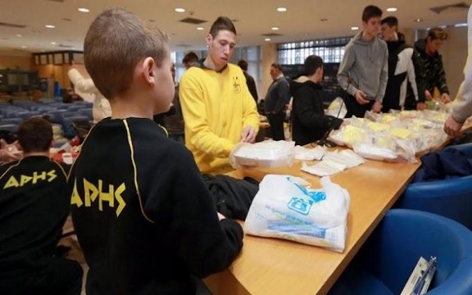 Γεύμα αγάπης του Aris School of Basketball-Δείτε το βίντεο