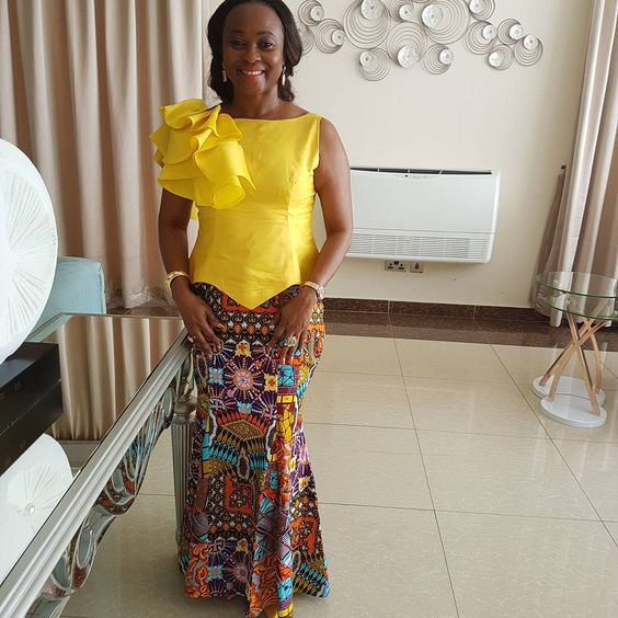 d7895a7bfe3077 Lovely Ankara Long Straight Skirt Style For The Stylishly Inclined Moms And  Ladies