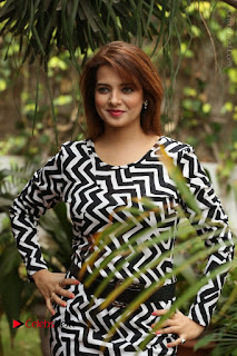 Actress Saloni Latest Pos in Short Dress  0071.JPG