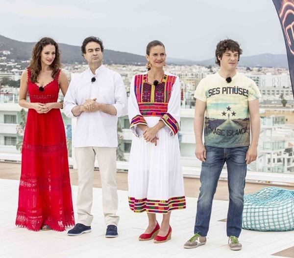 30ef85af93 Los vestidos de Eva González en la final de MasterChef