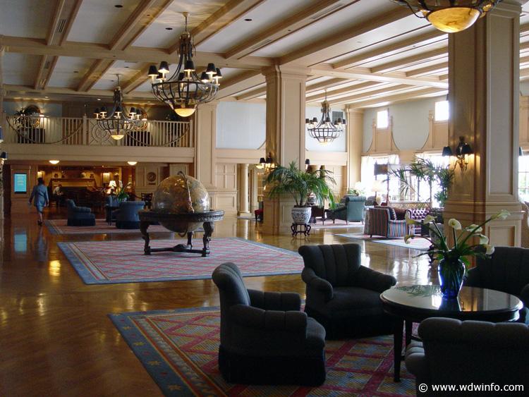 General splendour design inspiration from walt disney for Hotel club decor