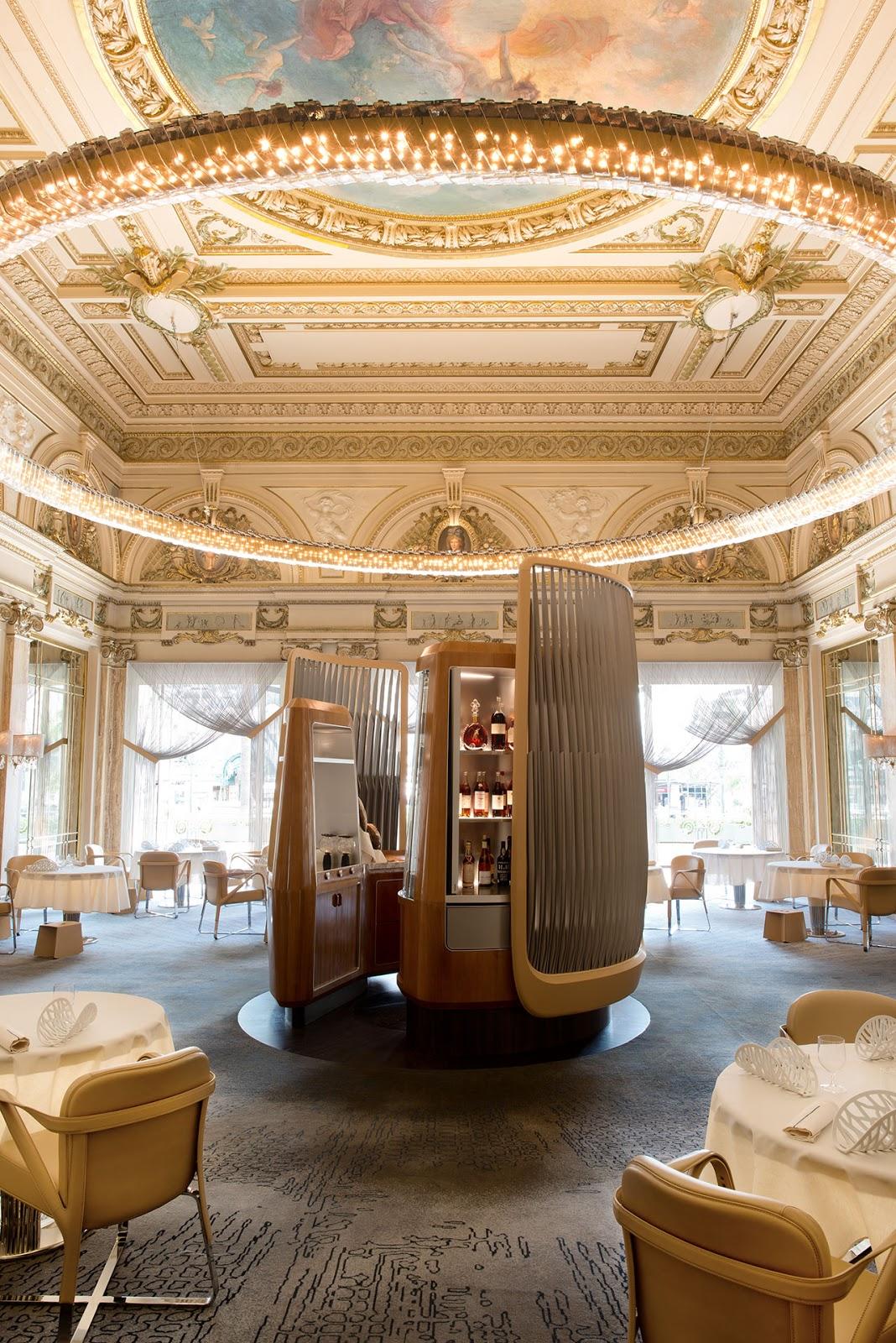 Gorgegous interiors of ALAIN DUCASSE À L' HÔTEL DE PARIS