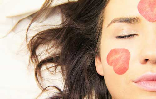 Tips Untuk Mengatasi Kulit Wajah Berminyak , bukusemu, kehidupan