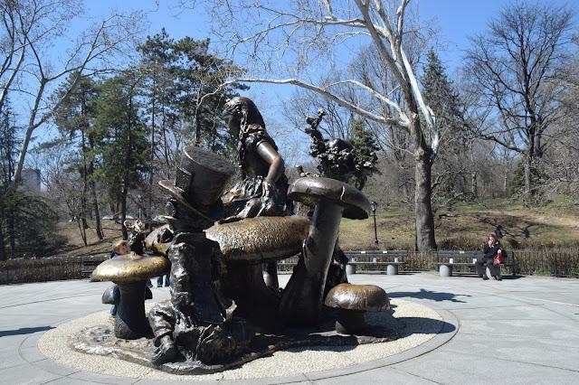 Alice aux Pays de Merveilles, Parc Central, elisaorigami, travel, blogger, voyages, lifestyle