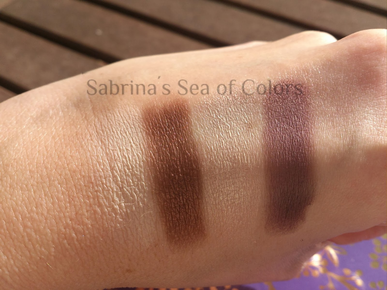 Tarte bow and go eyeshadow palette swatches