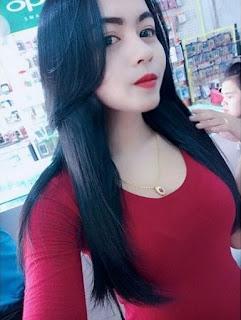 7 Cara Membuat Foto Selfie Cewek IGO Cantik Paha Mulus Wanita Menarik Perhatian Pria baju merah