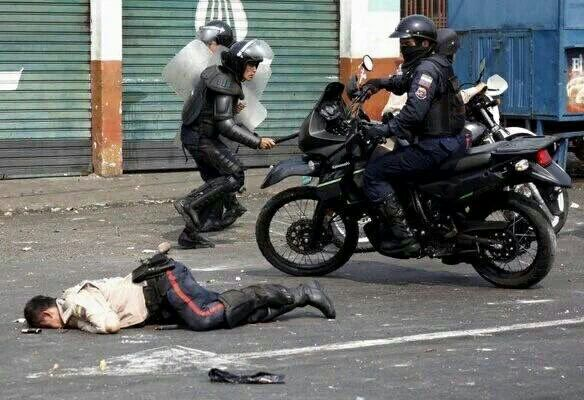 Guarimba subversiva en Venezuela - Página 28 Photo497585490844821429