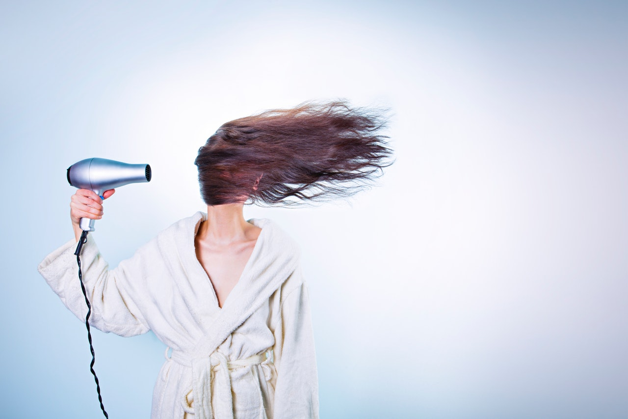 Avoid the most common mistakes that can harm your hair