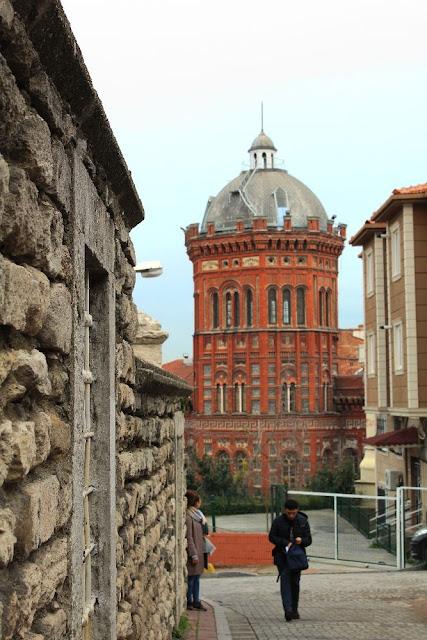 balat sokakları - fener rum lisesi - balat tarihi mekanlar - balat - istanbul