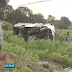 Van com 20 passageiros tomba na rodovia BR-116, em Eusébio, no Ceará
