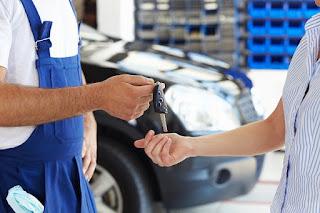 ¿Qué edad tienen los vehículos que más dinero invierten en sus revisiones?