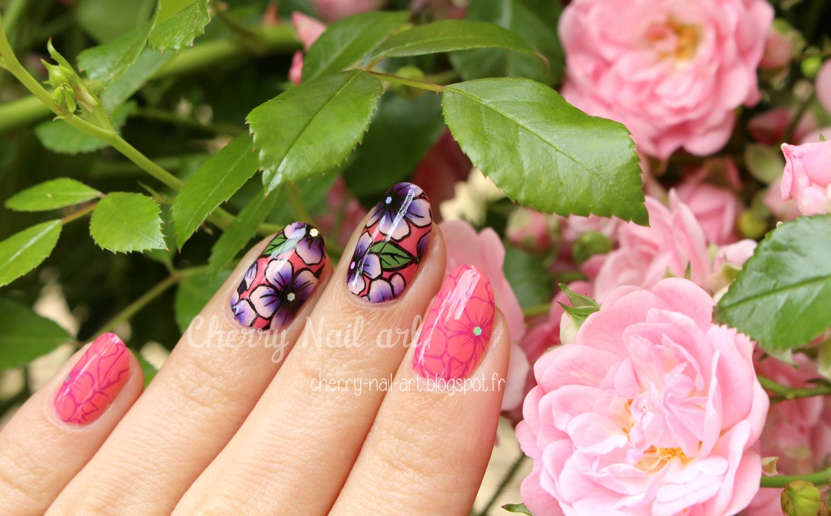 nail-art-reverse-stamping-one-stroke-fleur-yours