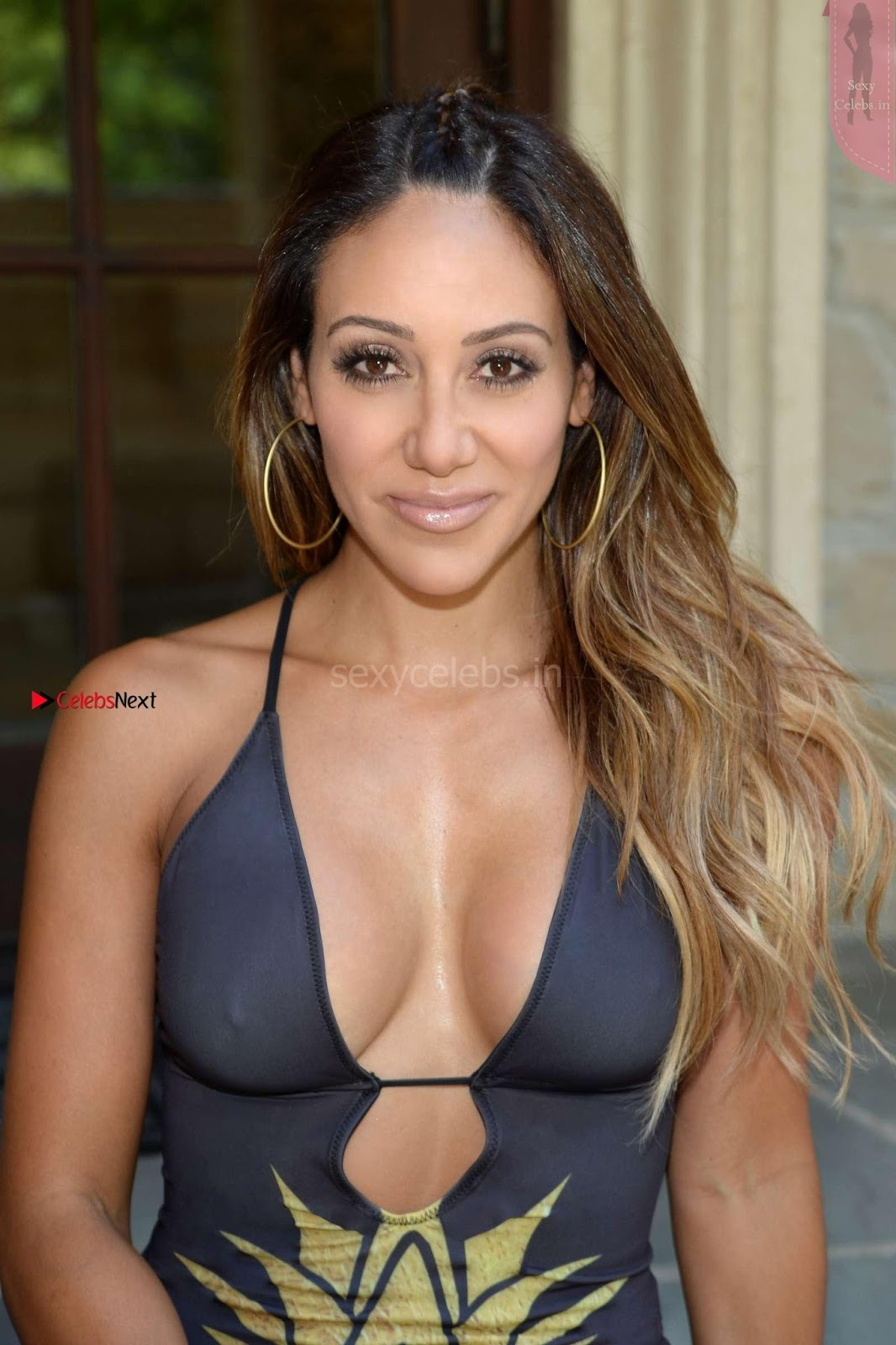 Melissa Gorga in Swimsuit sexy nipples pokkie WOW huge ass boobs August 2017