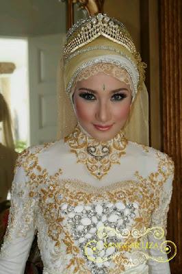 Aksesoris Jilbab: Contoh bros mewah untuk jilbab pengantin