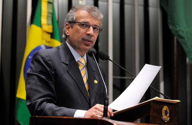 João Vicente Claudino confirma candidatura ao governo do Piauí
