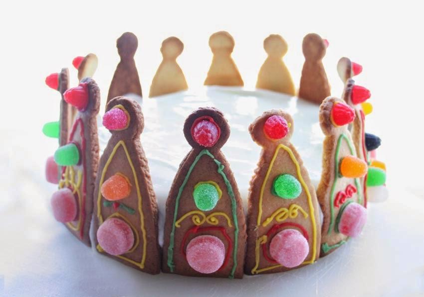 Tarta corona de princesa con galletas5