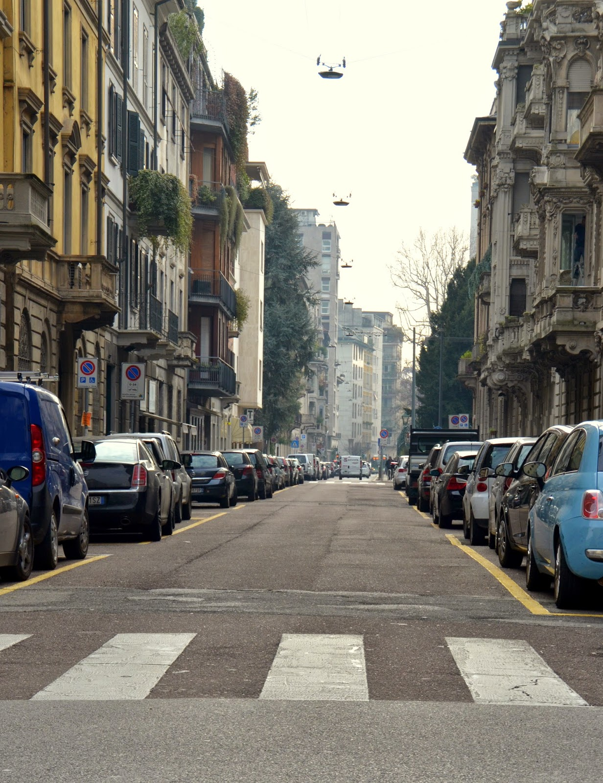 streets-of-milan-italy