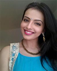 Actress Shrenu Parikh