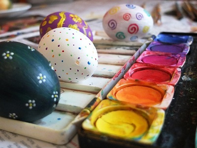Simple Painted Easter Eggs
