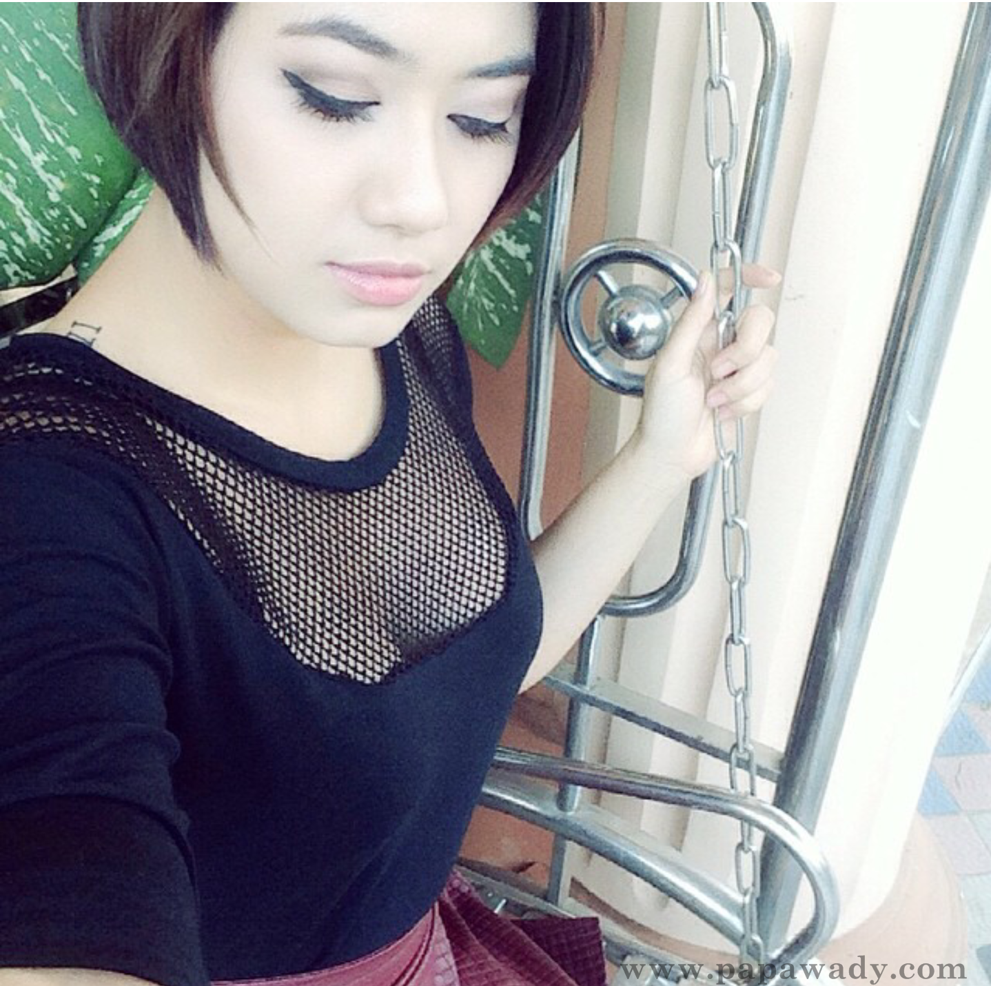 Thinzar Wint Kyaw - 10 Selfies Instagram Photos Collection