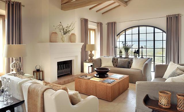 Elegant Italian Living Room Interior