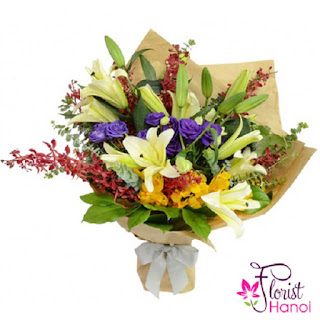 Mixed flower arrangement for Mother