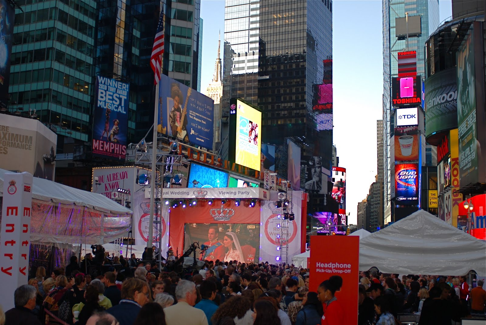 Royal Wedding Viewing Party In Times Square Hosted By Tlc