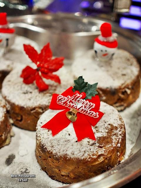 Christmas 2019 Sunway Hotel Resort Spa Dessert Menu - Christmas Pudding With Vanilla Sauce