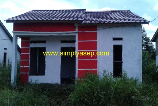 RUMAH : Inilah rumah yang saya minati dan  masih dalam proses adminitrasi persetujuan dari pihak . Foto Asep Haryono