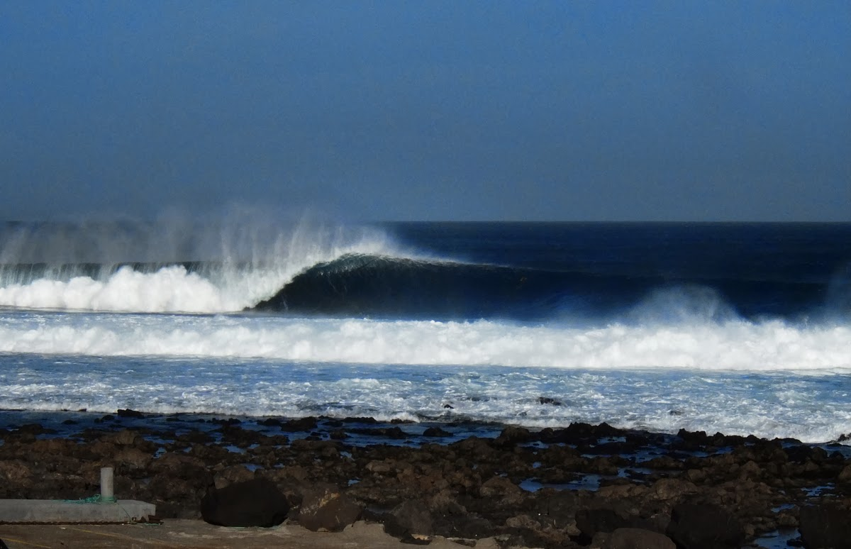 Spanish Pipe, Surf, Waves, Lefthander, Canaries, Lanzarote