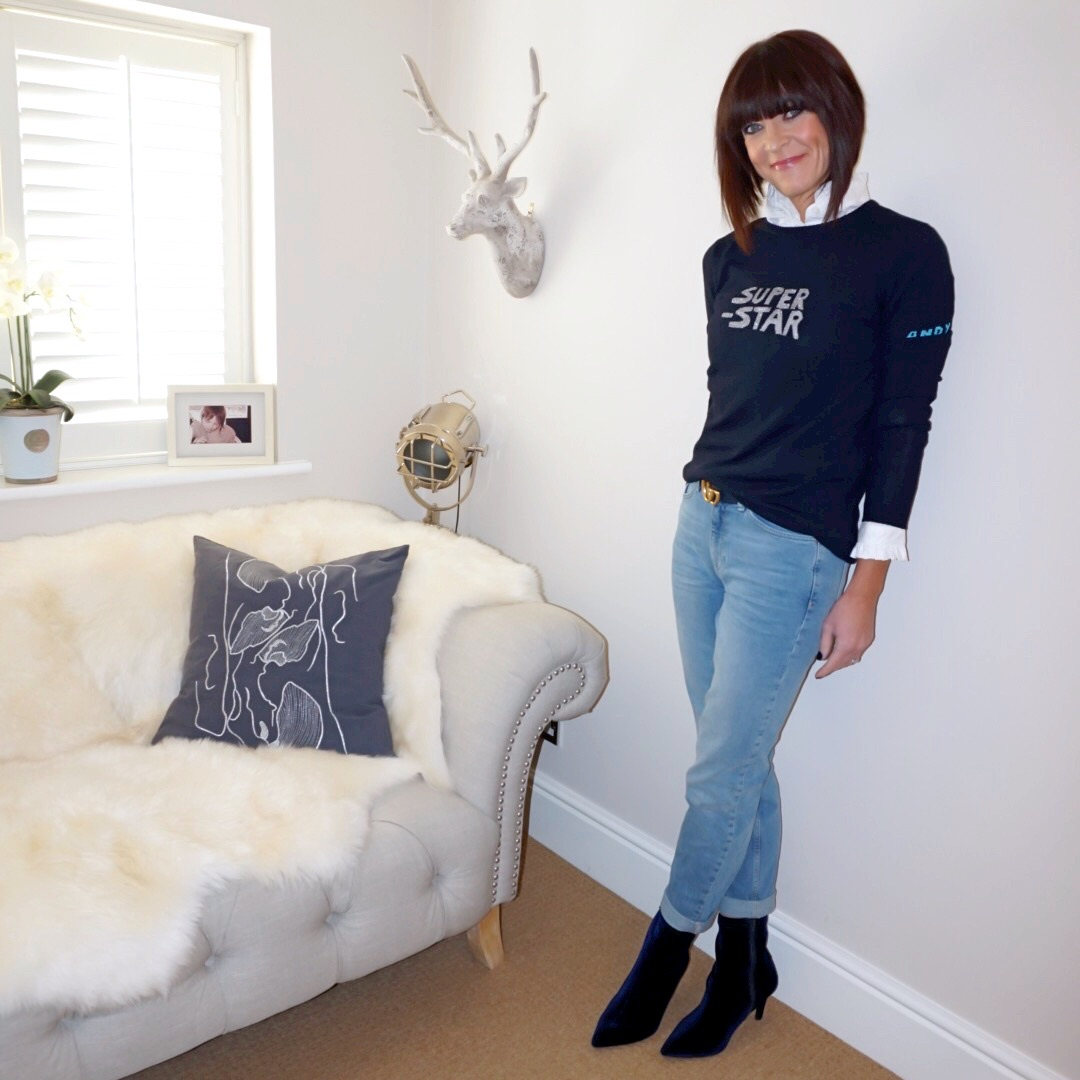 my midlife fashion, uniqlo frill collar blouse, bella freud star man jumper, gucci 2cm double GG belt, the white company brompton boyfriend jeans, marks and spencer stiletto heel side zip ankle boots