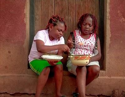 aki and pawpaw eating amala