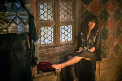 Picture of Ana Ularu in Emerald City Series (21)