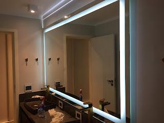Espelho com Luz de Led e faixa de Jato de Areia sob medida