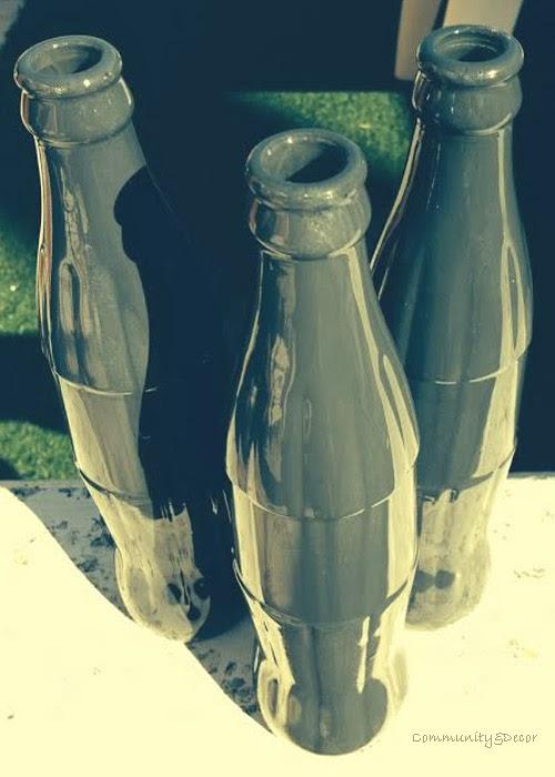 Reciclaje y reutilización con botellas de coca cola