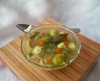Zupa jarzynowa z kaszą kuskus