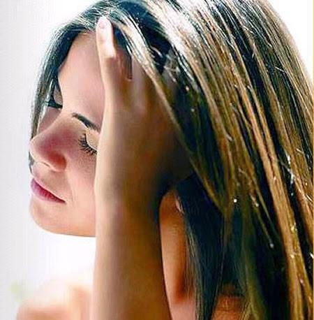Alisamento natural dos cabelos com mel
