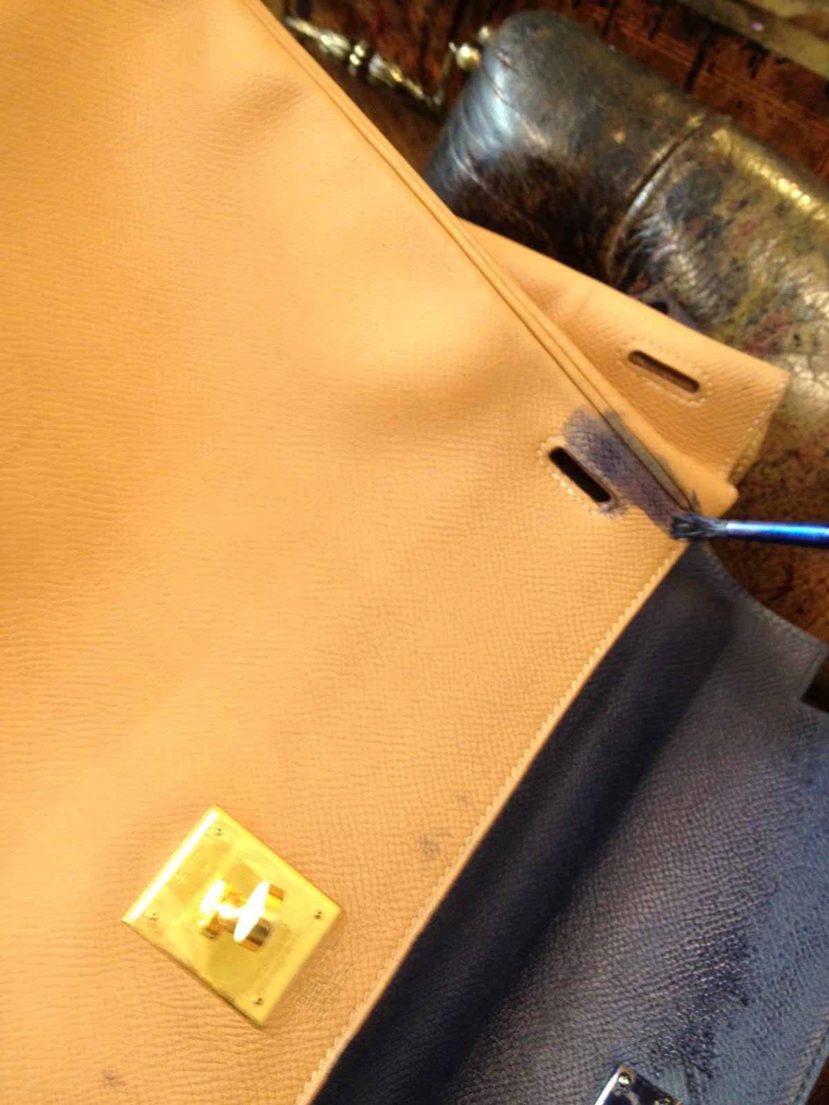 cfe6d7dd6be Salon cireur TALON ROUGE © Paris  Teinture d un sac de la maison ...