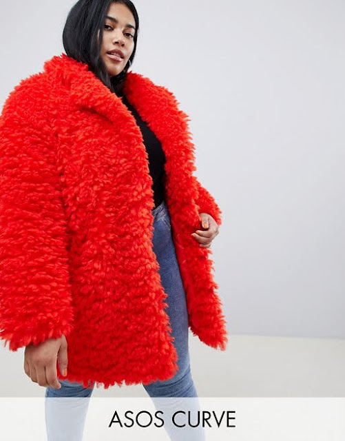 ASOS DESIGN Curve coat in fluffy borg €54.99