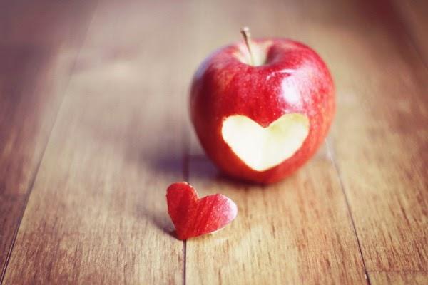 teman baru yang menyenangkan dan suasana baru yang penuh tantangan Awal Sebuah Cinta dari Sebutir Apel