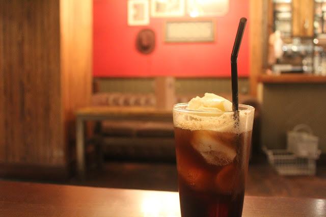 Ice cream and Coca-cola float
