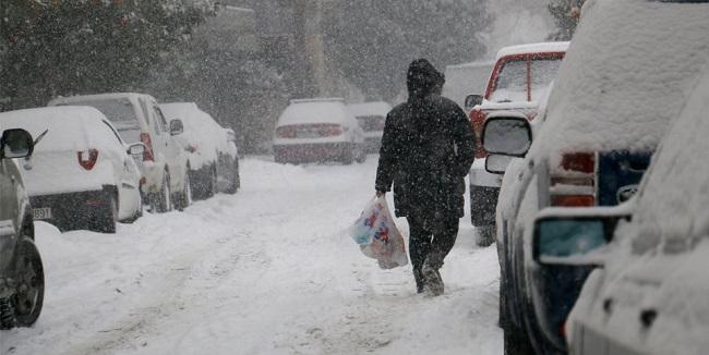 Από αύριο η νέα «ψυχρή εισβολή»  φέρνει χιόνια σε Αττική και νησιά!